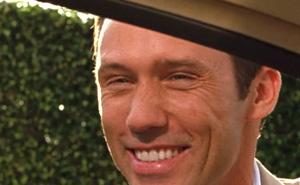 ジェフリー・ドノヴァンのうそくさい笑顔